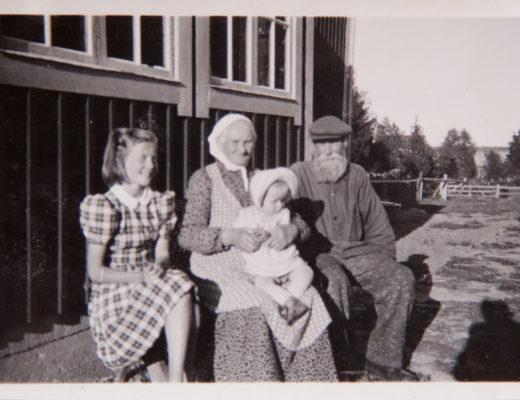 Morfars mor med barnbarn