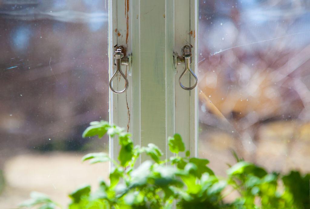 Pannrumsfönster