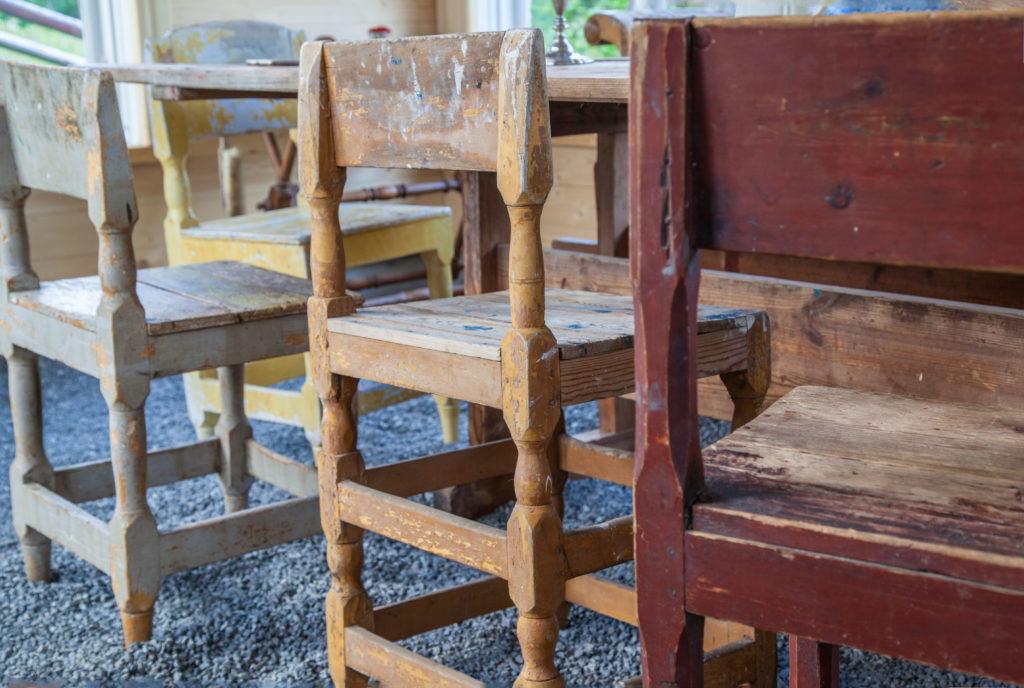 Stolar i växthuset